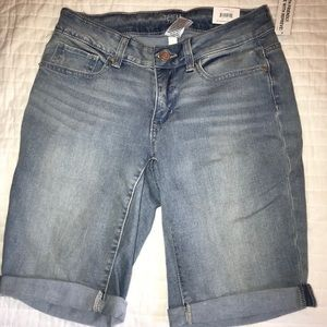 Pants - Perfect Bermuda Short